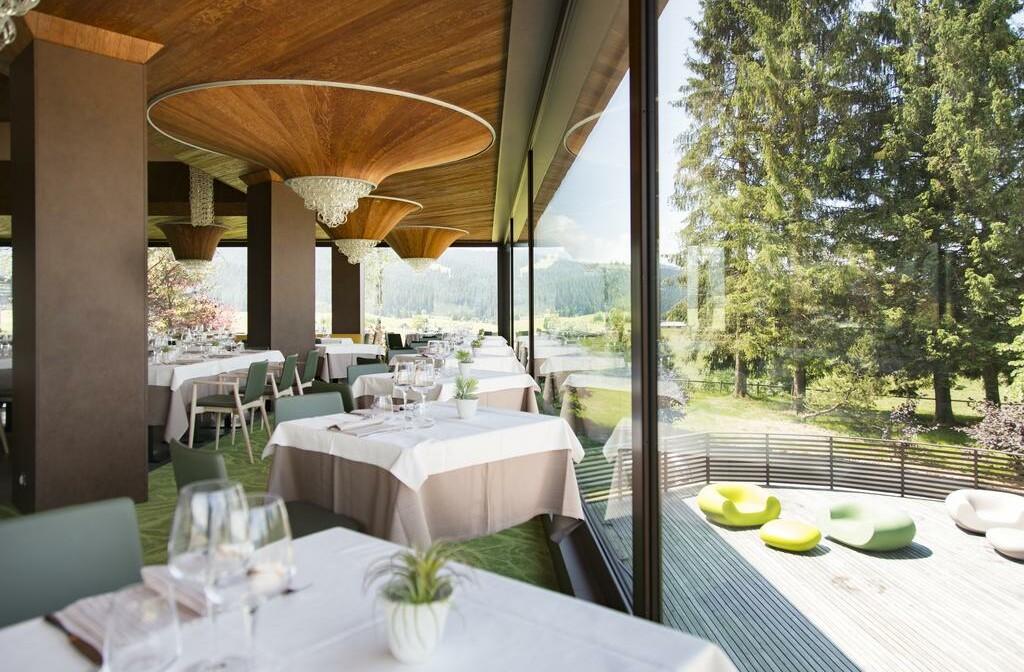 Skijanje u Italiji, Asiago, Linta Hotel Wellness & Spa, pogled iz blagavaone