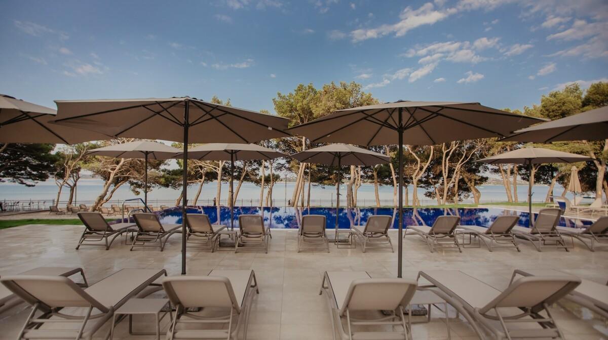 Hotel Punta, vanjski bazen 2