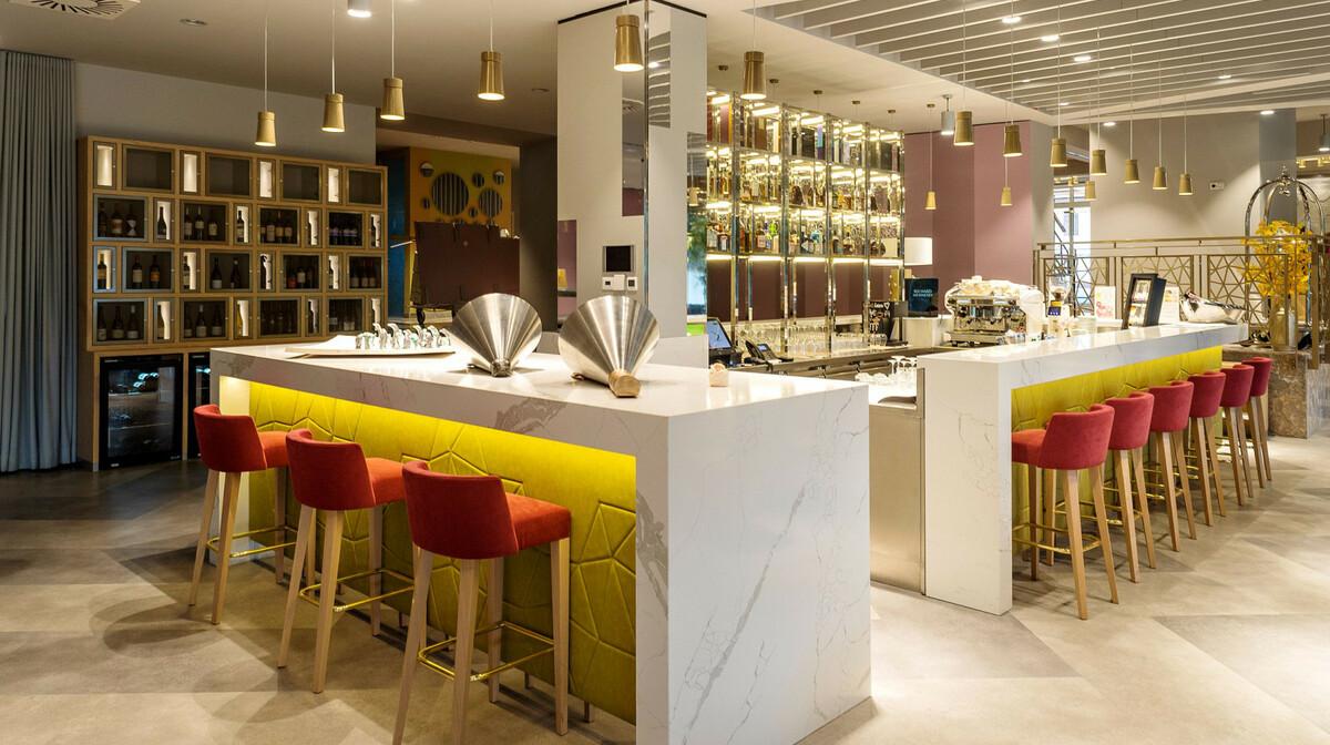 Skijanje i wellness u Sloveniji, Bled, Hotel Rose, bar