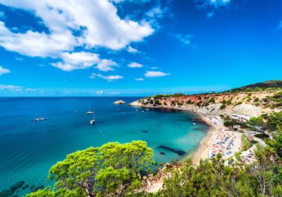 Plaža na Ibizi, ljetovanje Mediteran, putovanje Ibiza, posebnim zrakoplovom