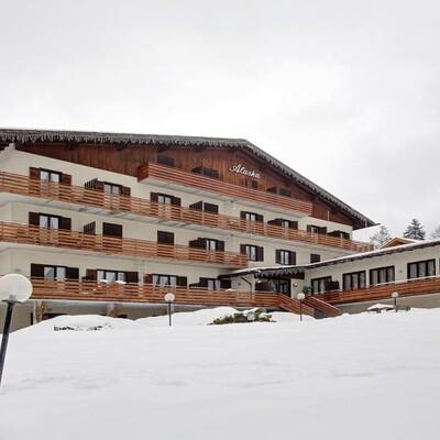 Skijanje u Italiji, skijalište Folgaria, Apartmani Alaska Club Residence, pogled izvana