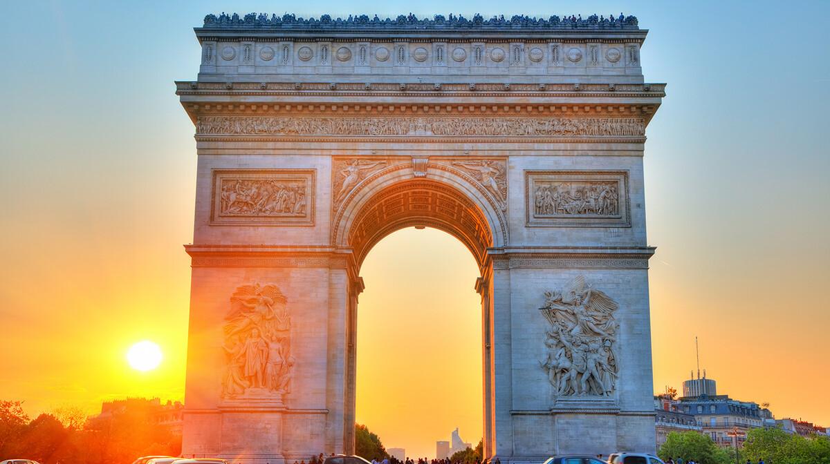 Zalazak sunca iz Slavoluka pobjede na putovanju u Pariz
