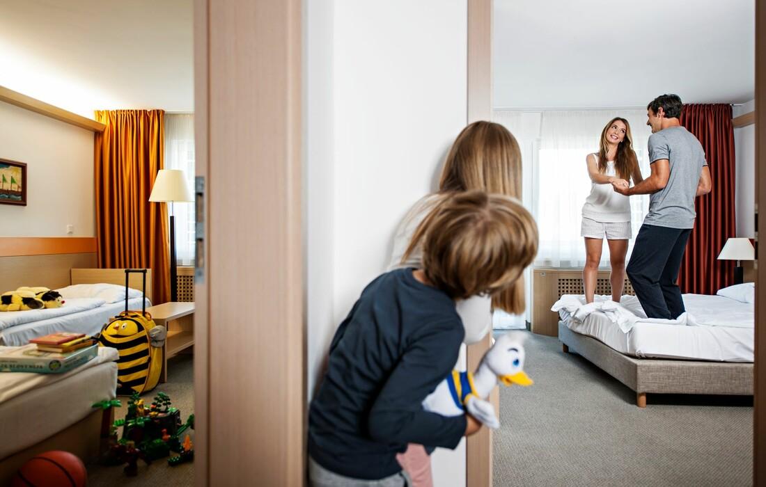 Skijanje i wellness u Sloveniji, Bled, Garni Hotel Savica, soba obiteljska