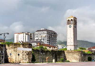 Albanija, Elbasan-jedan od najvećih gradova Albanije, putovanje autobusom