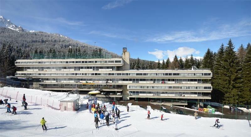 Skijanje u Italiji, skijalište Marilleva, Residence Artuik, pogled izvana