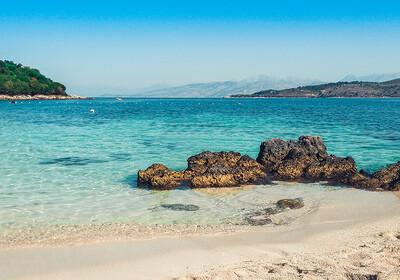 Albanija, plaža Ksamil, Saranda, Albanska rivijera
