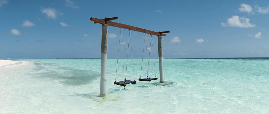 Maldivi, Biyadhoo Island, ljuljačke u moru