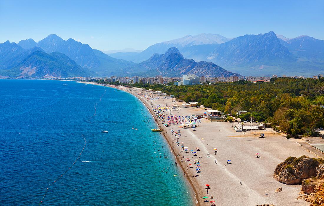 Turska, Antalya, duga pješčana plaža, ljetovanje na mediteranu, putovanje zrakoplovom,charter letovi