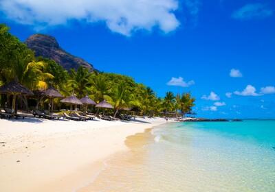 Mauricijus, predivna tropska plaža, daleko putovanje na Mauricijus,