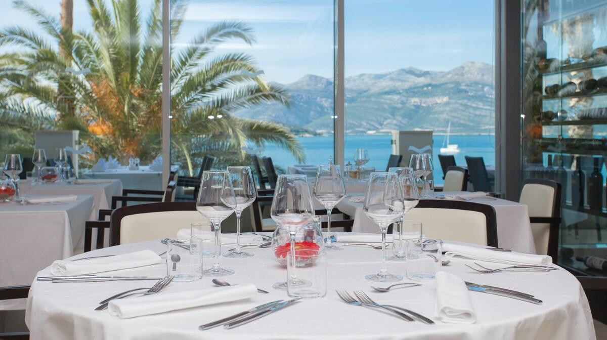 Restoran u hotelu Lafodia Sea Beach na otoku Lopud.