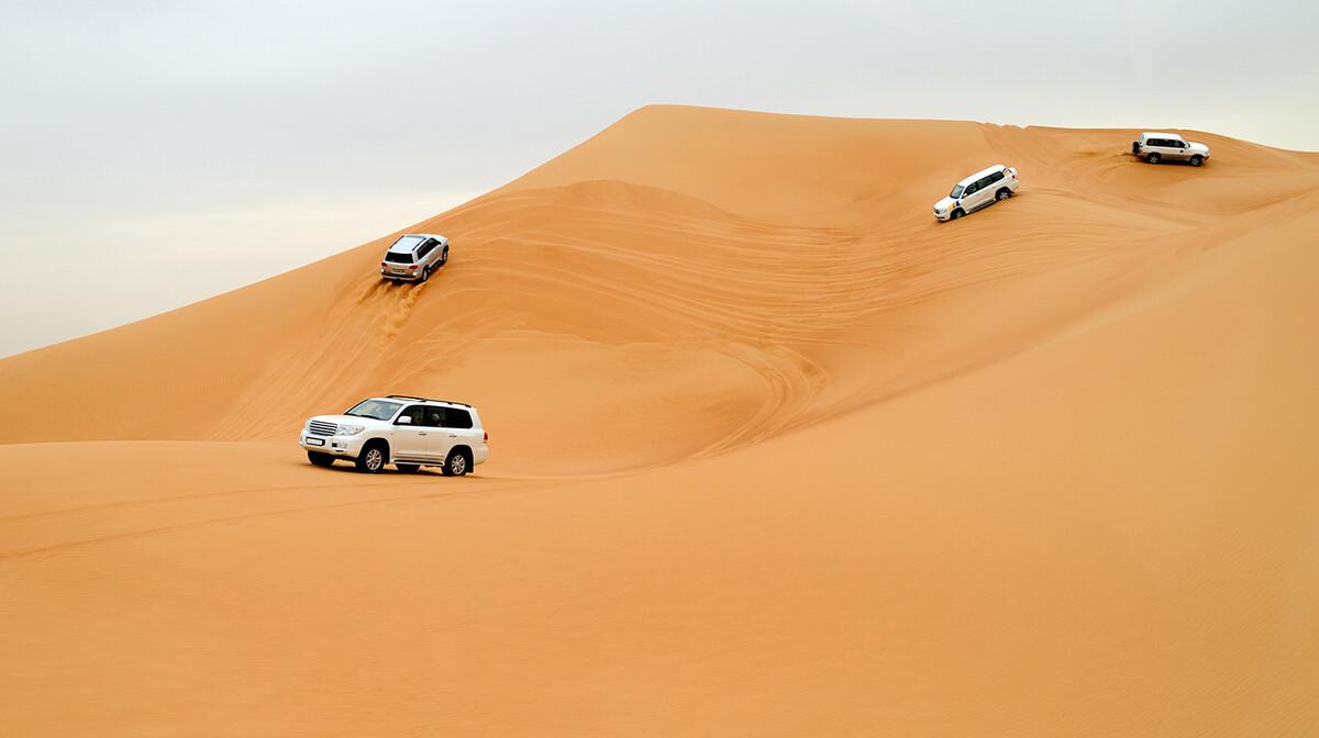 Jeep safari, putovanje u Dubai, Emirati, grupni polasci, daleka putovanja