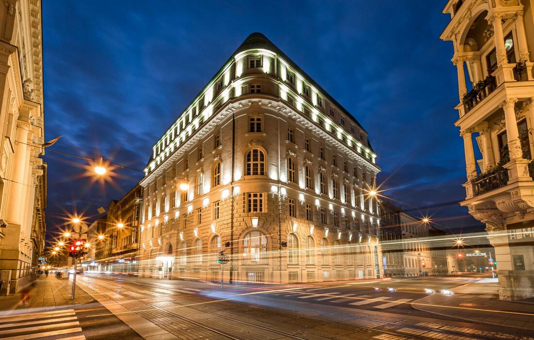 Hotel Amadria Park Hotel Capital, noćna slika, putovanje u Zagreb, doček nova godina