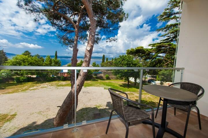 Selce, Hotel i Paviljoni Slaven, balkon