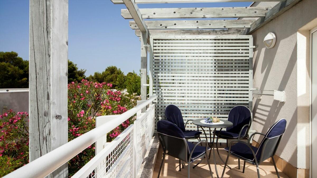 Otok Brač, Bol, Bluesun hotel Borak, balkon