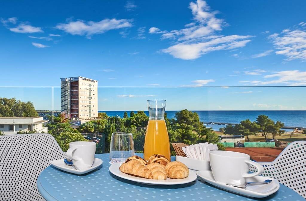Umag, Hotel Sol Sipar, doručak uz pogled
