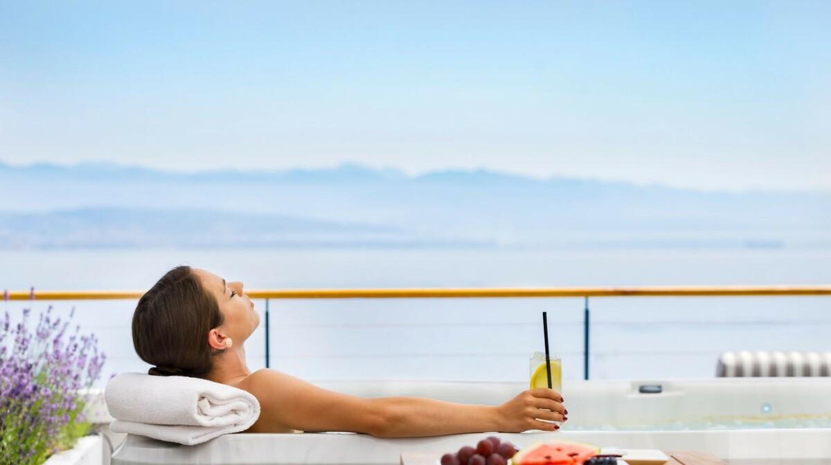 Opuštanje s pogledom na kvarnerski zaljev u hotelu Admiral, Opatija