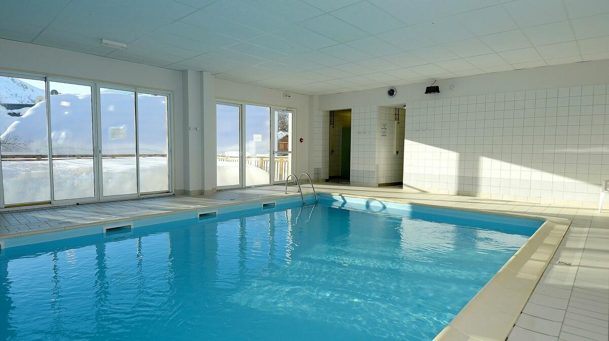 Les Chalets de la Porte des Saisons, unutarnji bazen, skijanje, Francuska