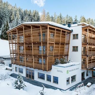 Skijanje u Italiji, Alta Badia, Pedraces, Hotel Melodia del Bosco, pogled izvana