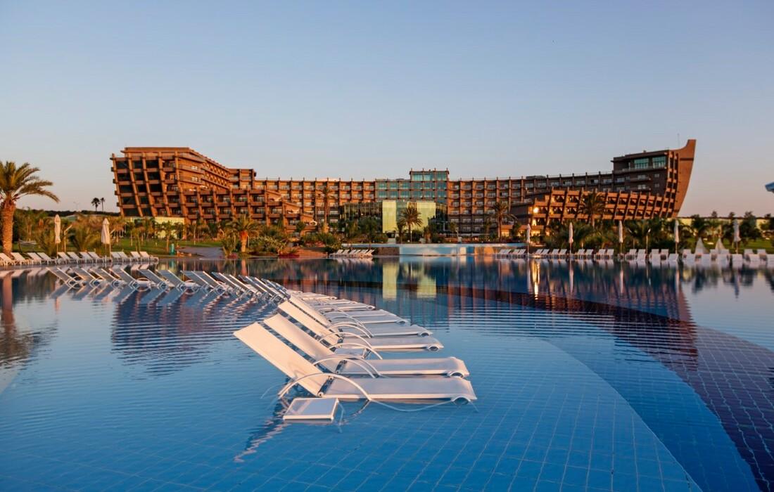 Cipar, Famagusta, Hotel Noah's Ark & Casino