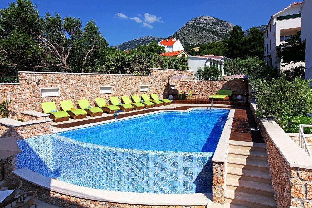 Boutique hotel Bol sunčalište i vanjski bazen