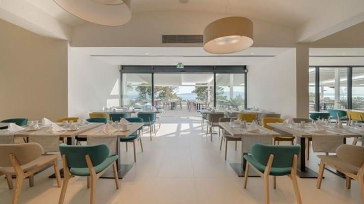 Hotelski restoran luksuznog hotela Berulia beach, mondo travel