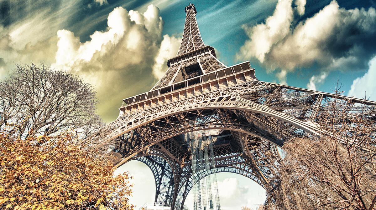 Eiffelov toranj, putovanje u Pariz