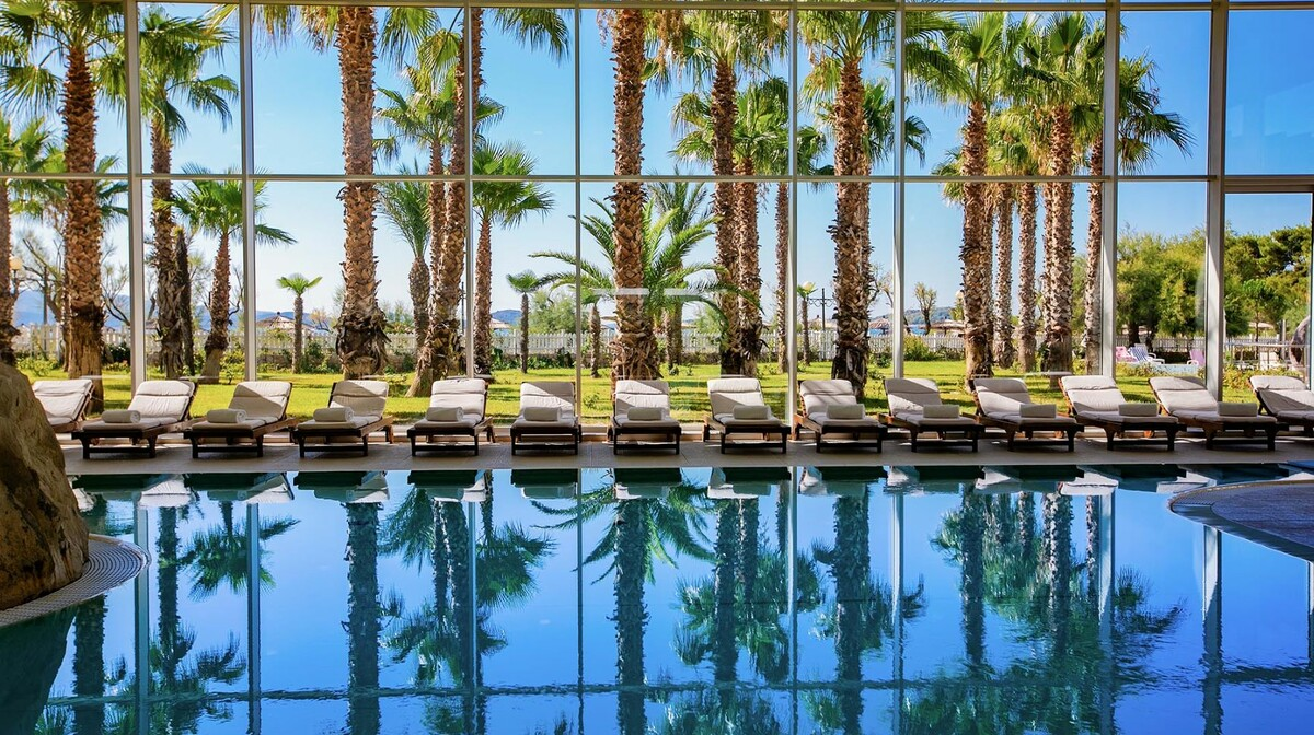 Solaris, Hotel Ivan, unutarnji bazen