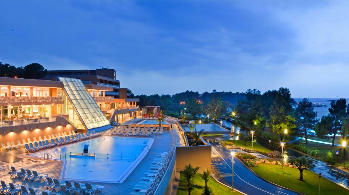 Hotel Molindrio Plava Laguna noćna