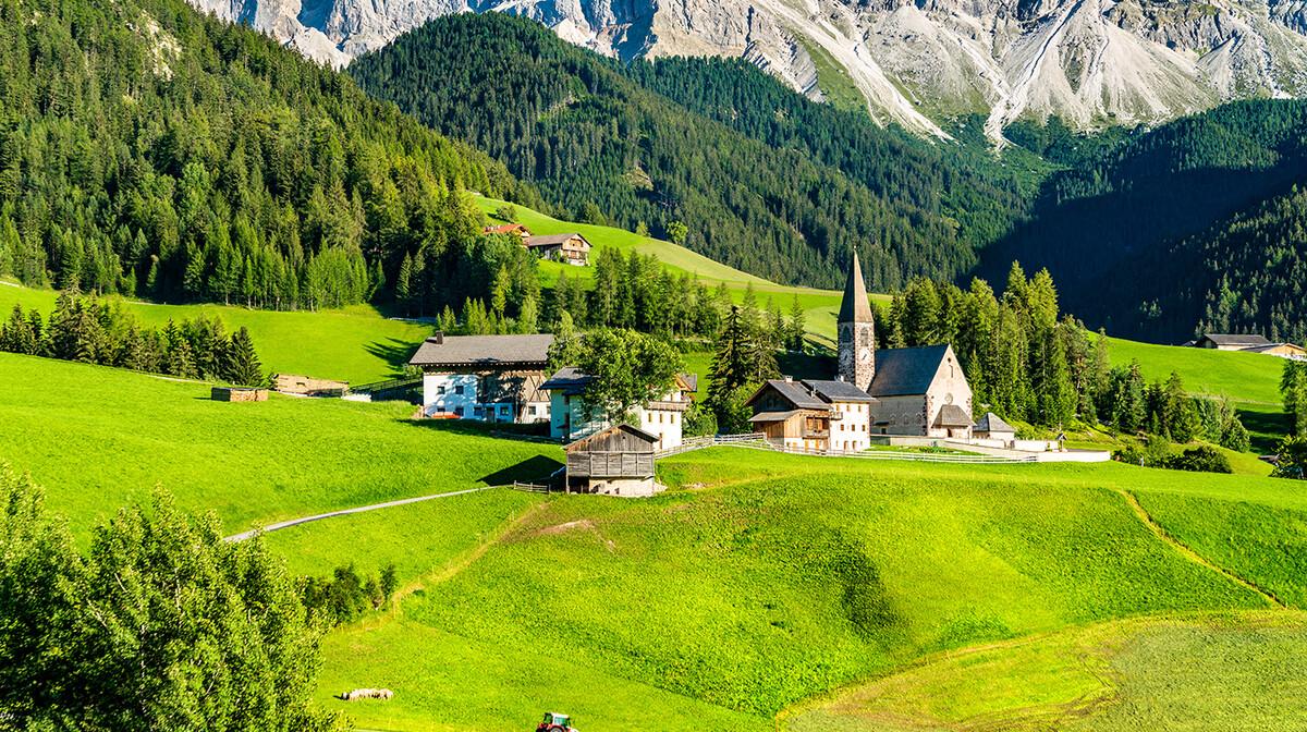 Crkva Sv. Maddalene, Dolomiti, putovanje Dolomiti i Alpe