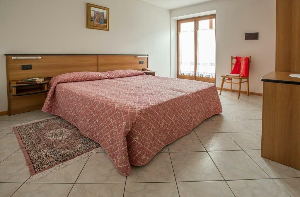 Skijanje u Italiji, skijalište Andalo / Paganella, Molveno, Apartmani Betulla, spavaća soba