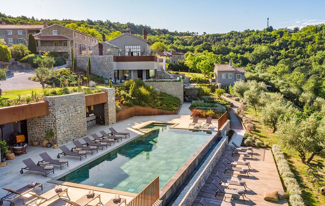 San Canzian bazen, odmor u Istri, mondo premium, vikend putovanja, San Canzzian Village