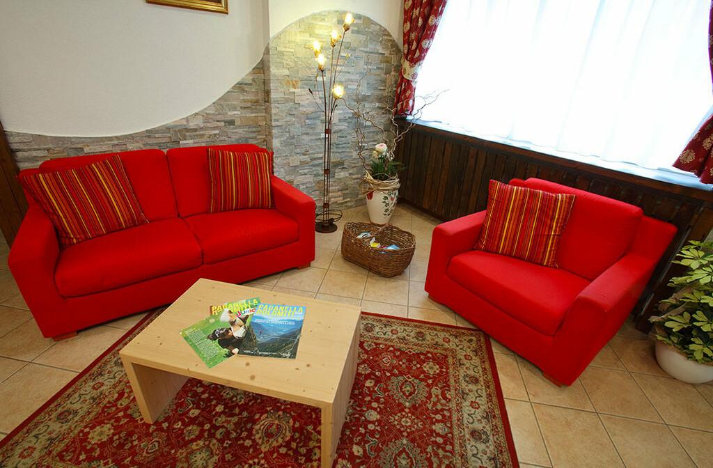 Skijanje u Italiji, skijalište Andalo / Paganella, Andalo, Hotel Splendid, predvorje