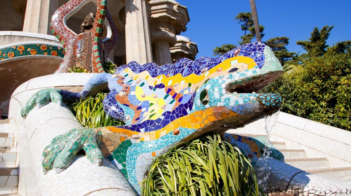 Gušter u parku Guell, putovanje u Barcelonu, krstarenja mediteranom