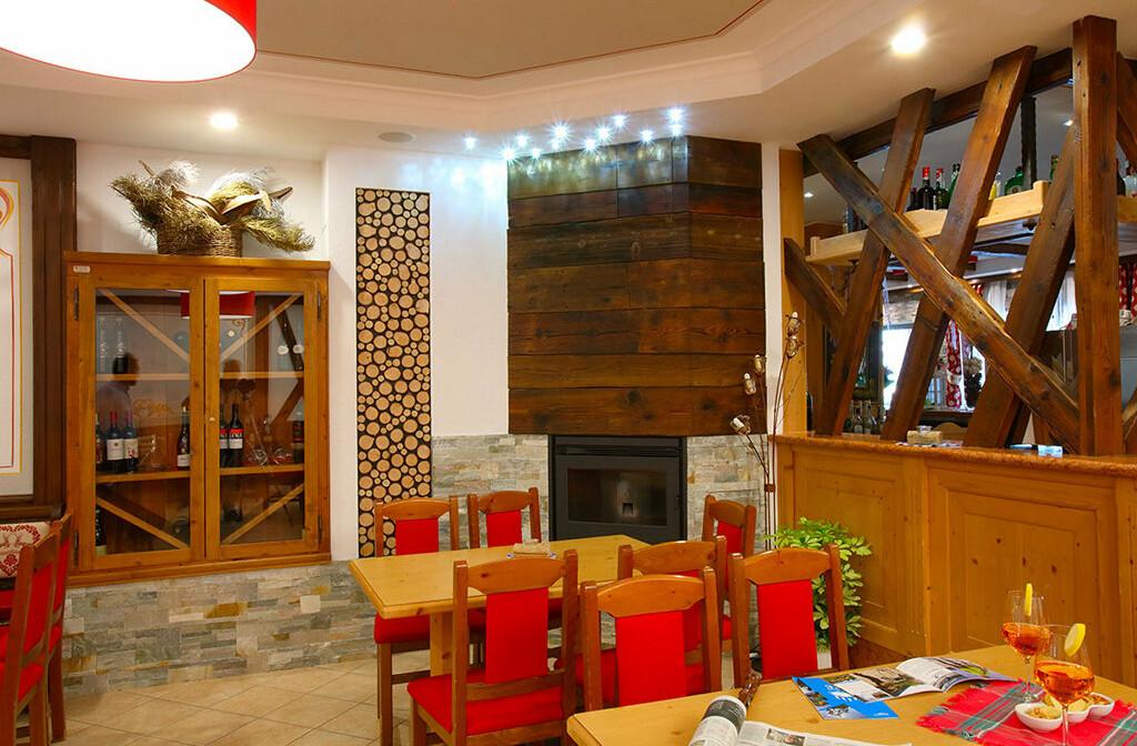 Skijanje u Italiji, skijalište Andalo / Paganella, Andalo, Hotel Splendid, blagavaona