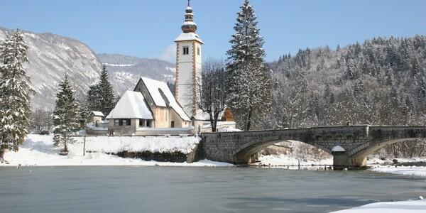 Slovenija, Bohinj, zaleđeno jezero Bohinj