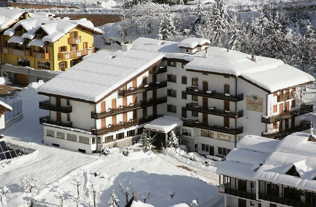 Skijanje u Italiji, skijalište Andalo / Paganella, Andalo, Hotel Splendid, pogled izvana