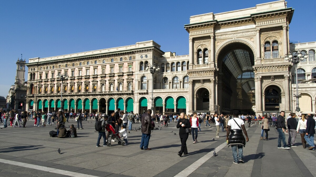 Piazza Duomo, Milano, autobusna putovanja, garantirani polasci