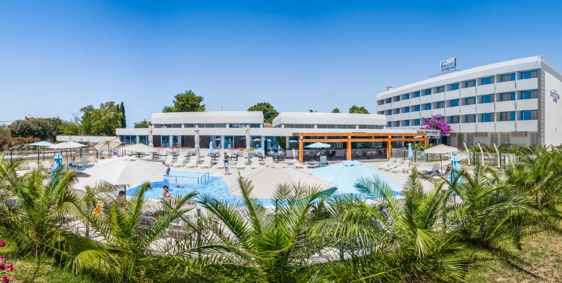 Hotel_Bolero,_panorama