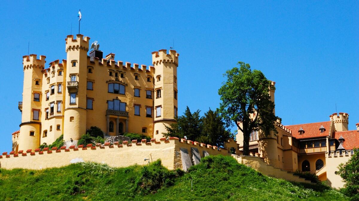 dvorac Hohenschwangau, autobusna putovanja, Mondo travel, europska putovanja