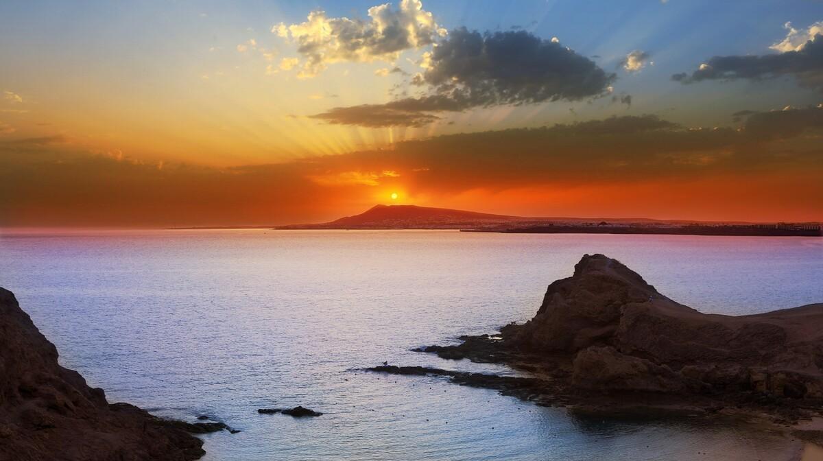 Plaža na Lanzarote, Kanari, mediteran