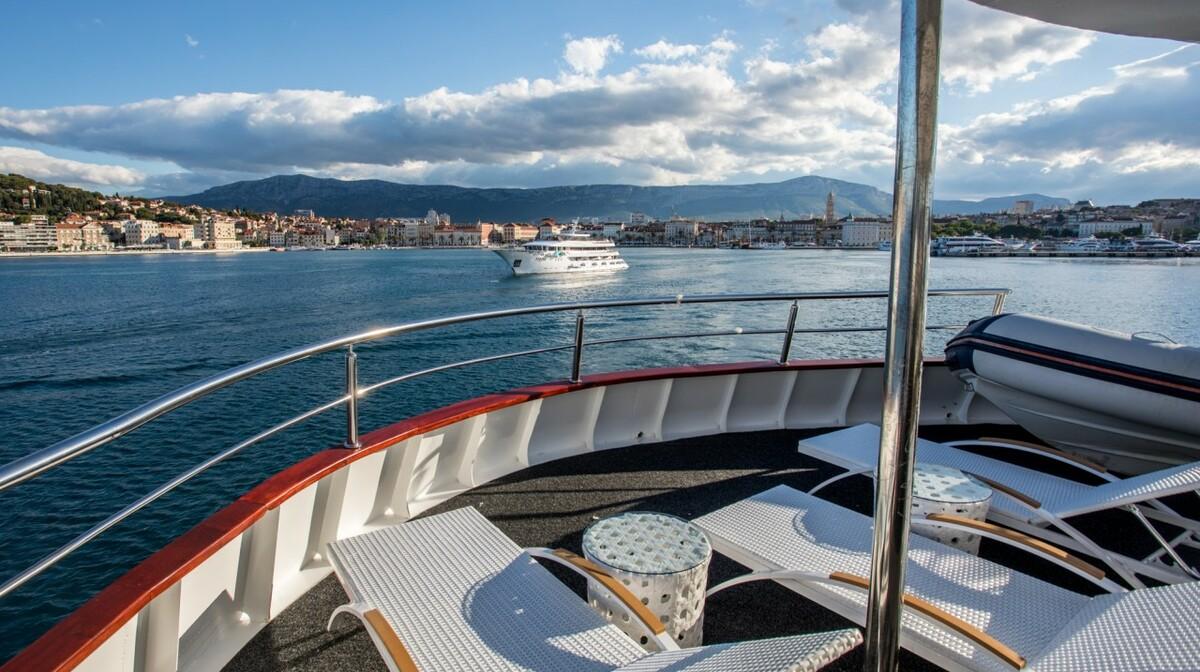 Brod Adriatiq Queen5