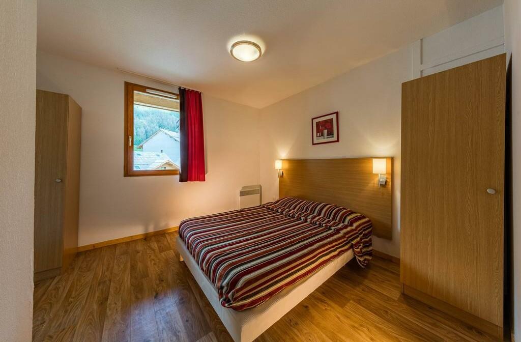 Skijanje u Francuskoj, Less Orres, Les Chalets de Bois Mean, spavaća soba.