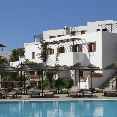 Karpatos Grčki otoci ljetovanje, Amoopi, Hotel Village Aegean & Bungalows, bazen