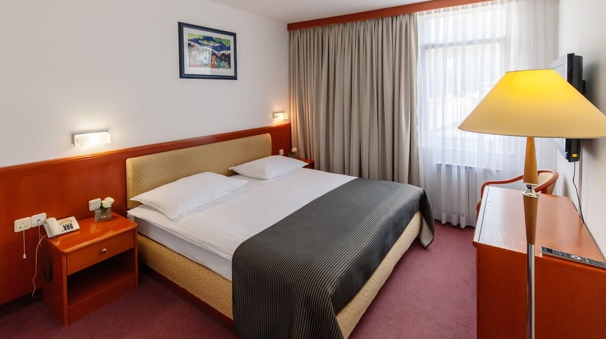 Plitvice, Hotel Jezero