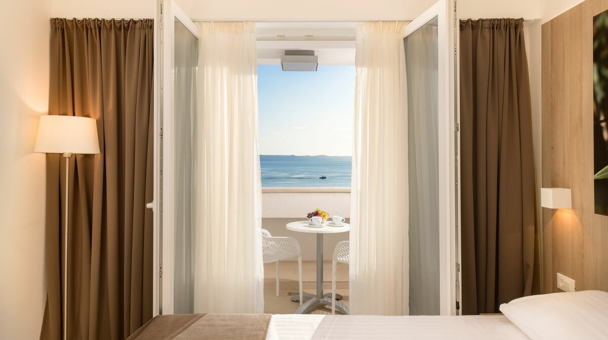 Medora Auri superior family room sea view - view
