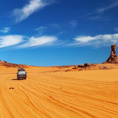 Jeep safari po pustinji, Tunis, ljetovanje Mediteran, charter let Tunis,alibabina pustolovina