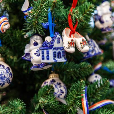 Božični ukrasi od porculana, putovanje u Amsterdam