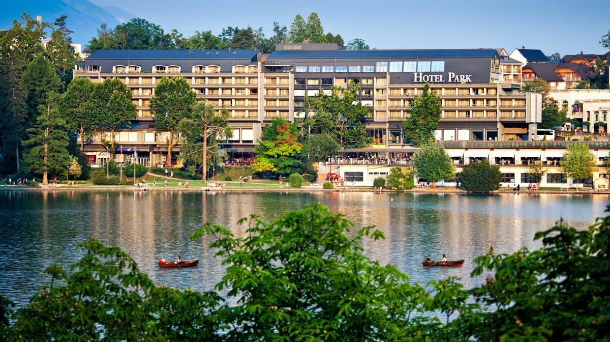 Skijanje i wellness u Sloveniji, Bled, Hotel Park, pogled na hotel