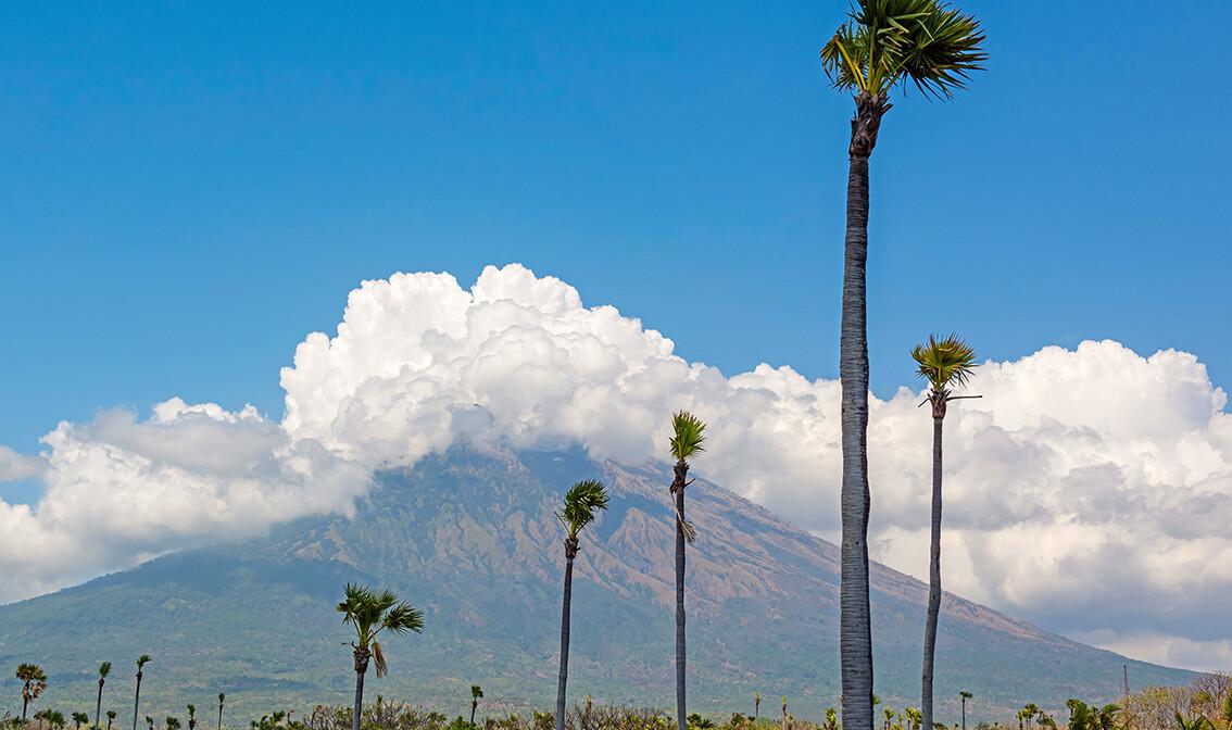 vulkan Agung, putovanja zrakoplovom, Mondo travel, daleka putovanja, garantirani polazak