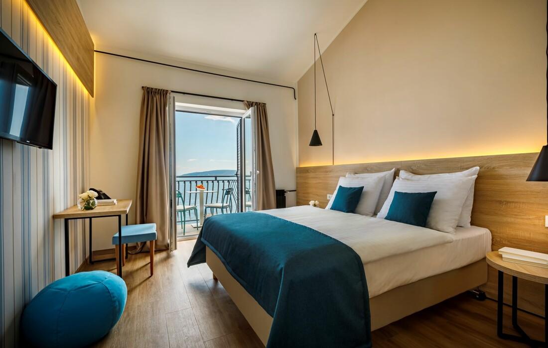 Mošćenička Draga, Hotel Mediteran